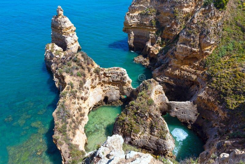 Download Atlantisk Stenig Kustlinje & X28; Ponta Da Piedade, Lagos, Algarve, Port Arkivfoto - Bild av athwart, portugal: 76702874