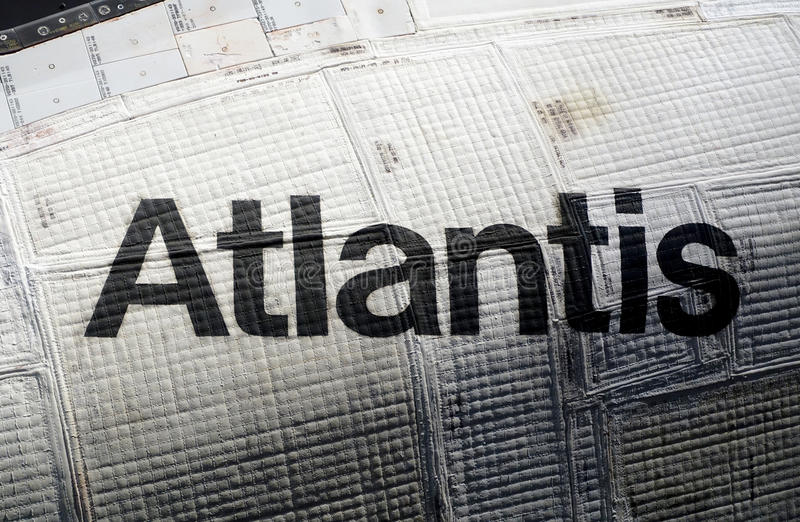 Atlantisruimteveer in Kennedy Space Center stock afbeelding
