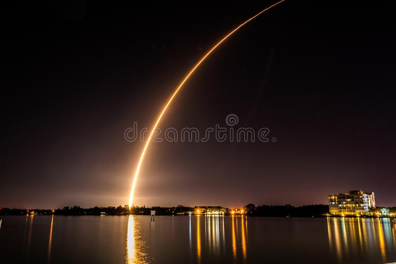 Atlas V raketlancering stock foto