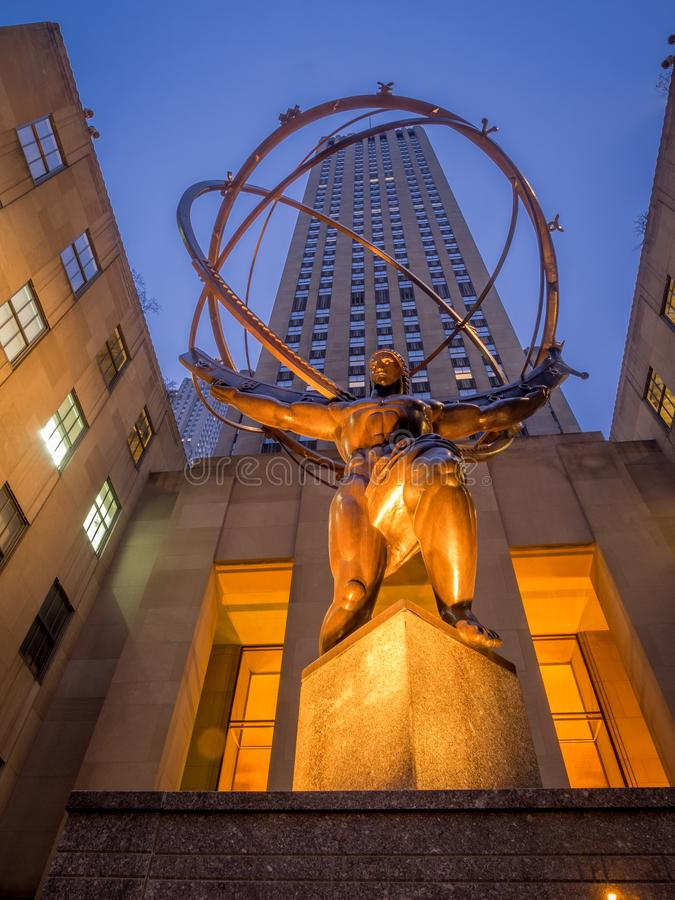 Atlasstatue in Rockefeller-Mitte stockfotos