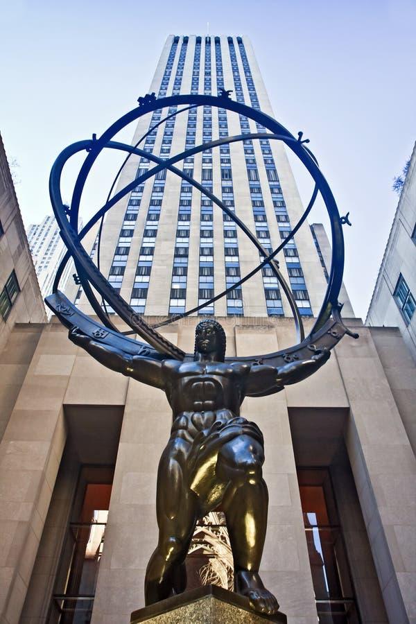 Atlasstatue und Rockefeller-Mitte lizenzfreie stockfotografie