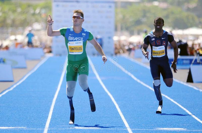 Atleta Alan Fonteles do atletismo de Paralympic imagens de stock