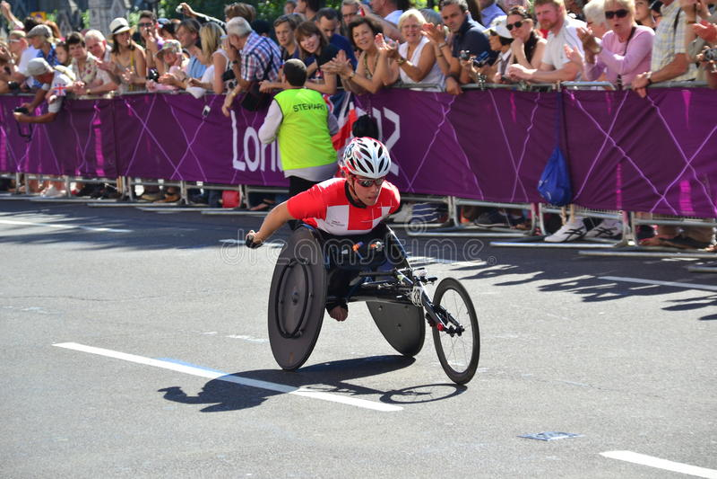 Atleta de Paralympic, ruedas fotografía de archivo libre de regalías