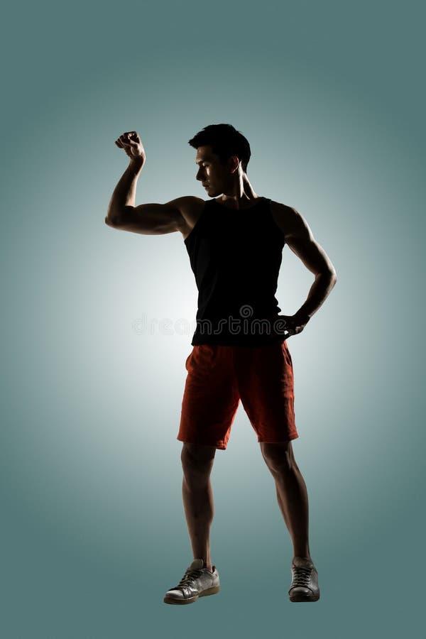 Atleta de sexo masculino joven foto de archivo libre de regalías