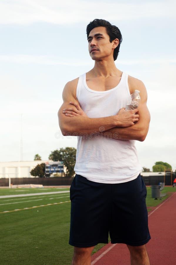 Atleta de sexo masculino latino joven fotografía de archivo libre de regalías