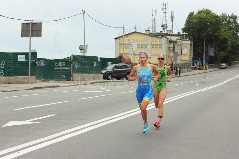 Atleta del Triathlon imagen de archivo libre de regalías