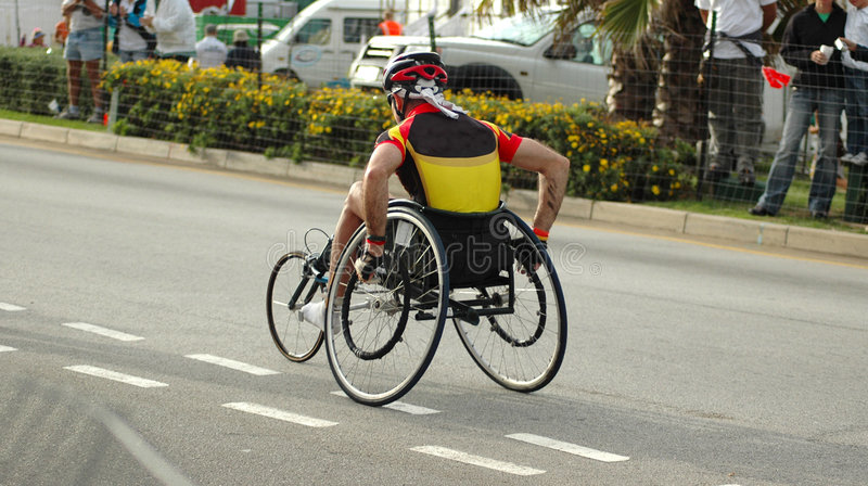 Atleta en sillón de ruedas foto de archivo