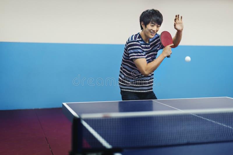 Atleta Ping-Pong Sportman Sport Concept di Tavola-tennis fotografie stock libere da diritti