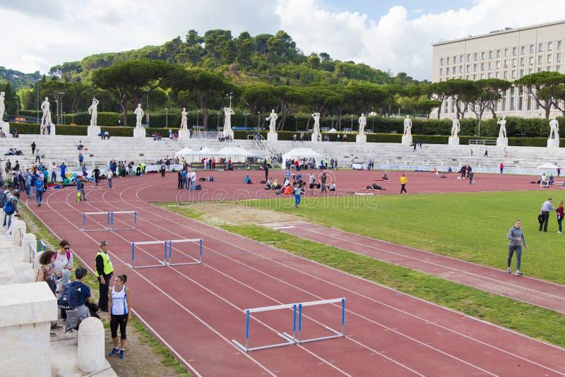 Atleten op Stadio-dei Marmi stock afbeelding