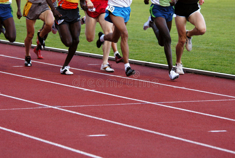 Atleti correnti fotografie stock libere da diritti