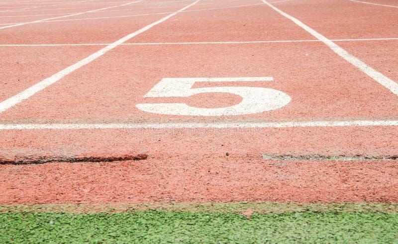 Atletisch spoor stock afbeeldingen