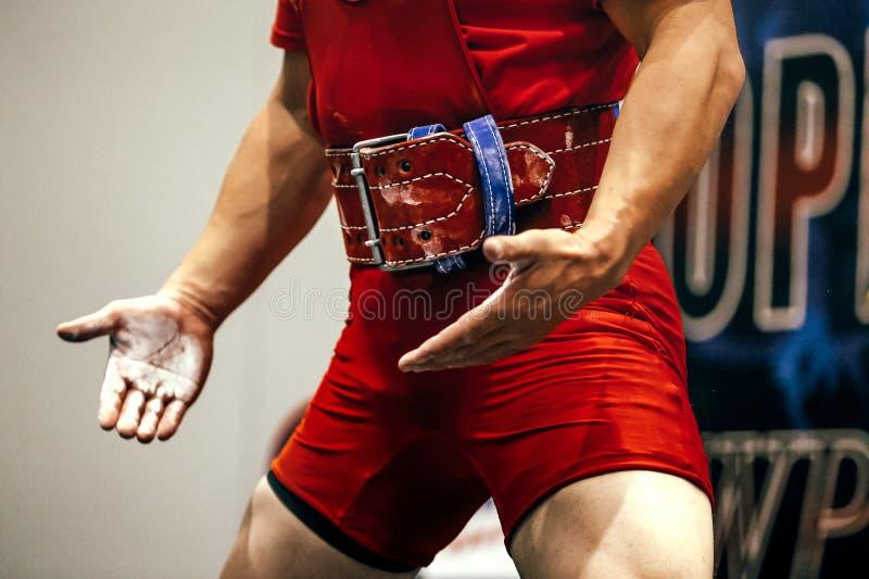 Atlety powerlifter współzawodniczyć obrazy stock