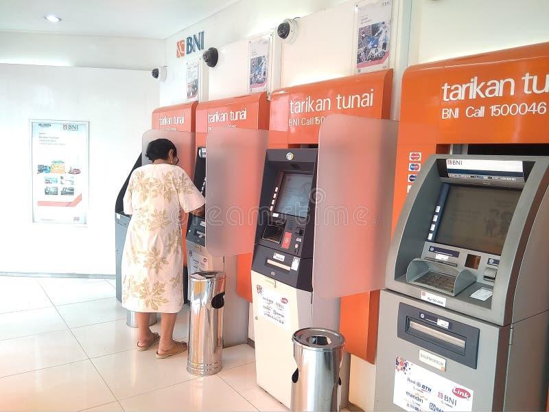 ATM : Caixa automática foto de stock