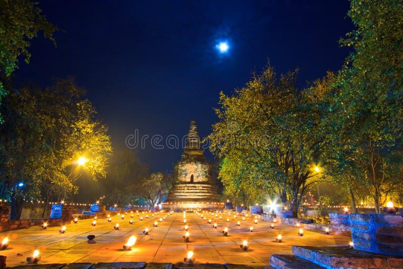 Atmosfera No Dia Do Budismo No Templo Fotos de Stock