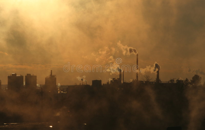 Atmosfera poluir do fumo imagens de stock royalty free