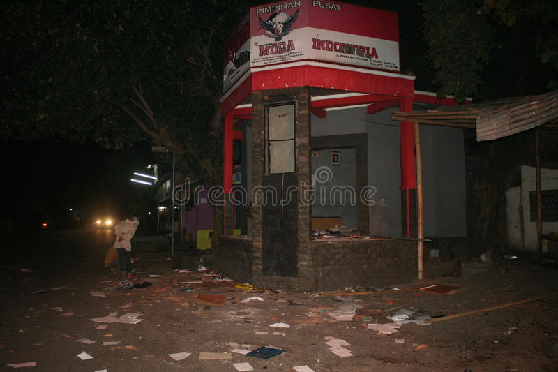 Atmosphere mass destruction Setia Hati Teratai on Pasar Nusukan, Solo city. Police perform vital security and mass dispel night royalty free stock photography
