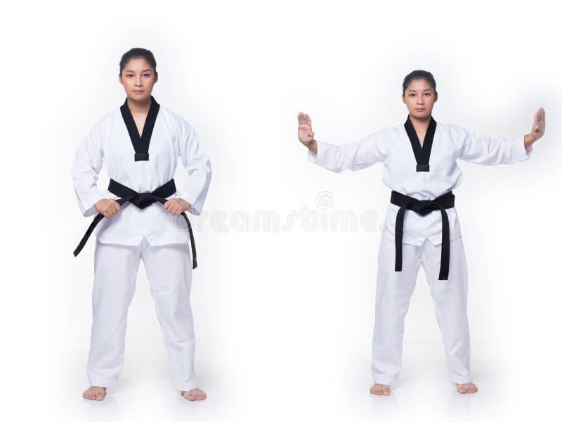 Ato de combate do professor mestre de TaeKwonDo do cintur?o negro fotografia de stock