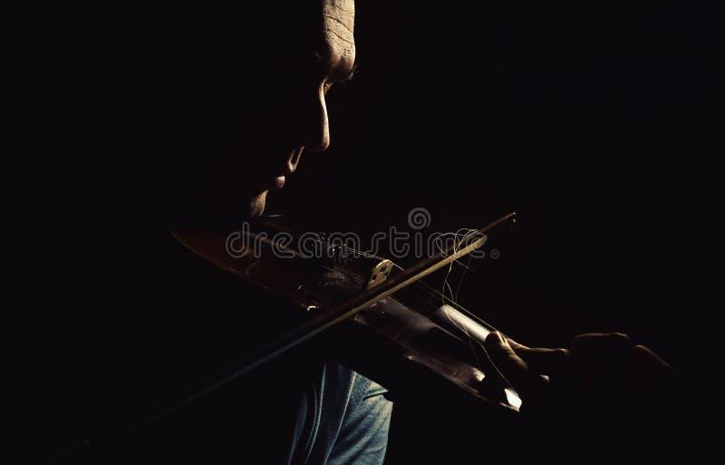 Ato de um jogador do violino fotos de stock