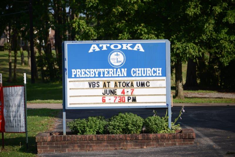 Atoka kościół prezbiteriańskiego Ewangelicki znak, Atoka TN zdjęcia stock