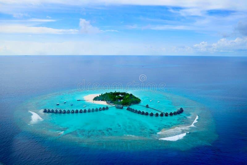 Atolón o Seenu Atoll, el sur de Addu la mayoría del atolón de las islas de Maldivas imagenes de archivo