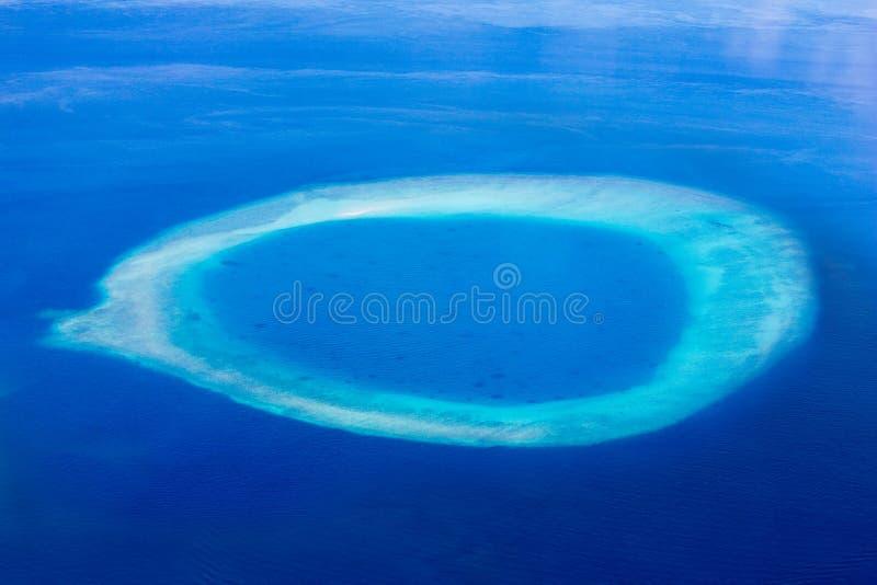 Atol em Maldivas, Eden na terra imagem de stock