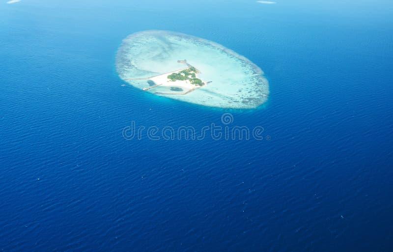 Atole i wyspy w Maldives od widok z lotu ptaka obraz stock