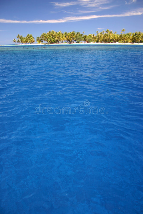 Download Atoll Rangiroa island stock image. Image of holiday, destination - 5233199