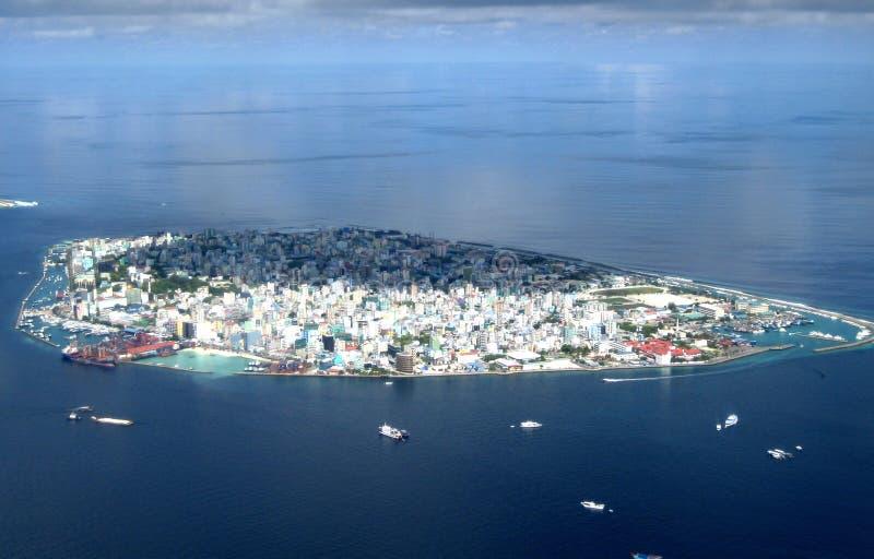 atolu mal niebo obrazy stock