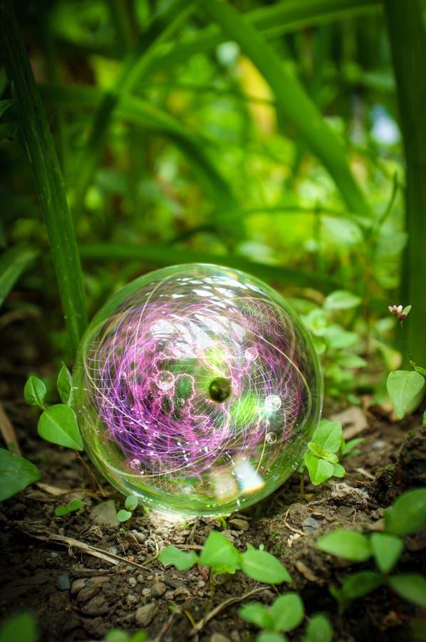 Atom kryszta?owej kuli natura zdjęcia royalty free