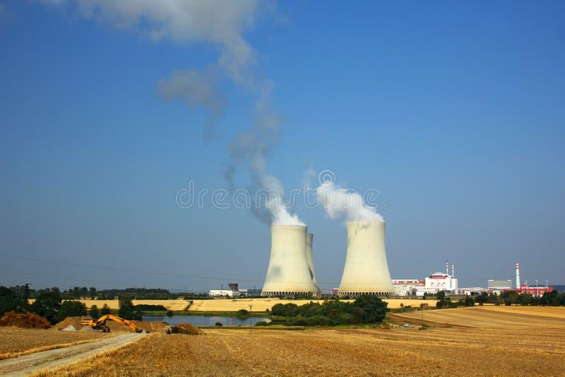 Atomkraftwerk Temelin in der Tschechischen Republik lizenzfreie stockfotos