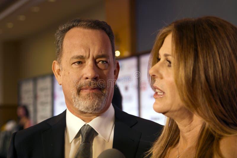 Ator americano Tom Hanks e sua esposa Rita Wilson imagens de stock royalty free
