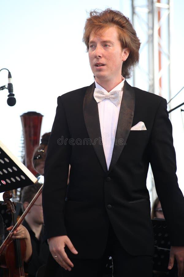 Ator popular do russo, cantor Evgeny Nagovitsyn da ópera, estrela do teatro de Bolshoi, Rússia do conteúdo na fase aberta fotos de stock