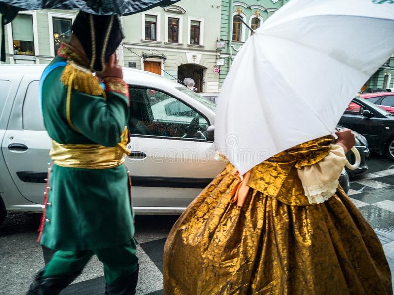 Atores trajados em St Petersburg imagens de stock