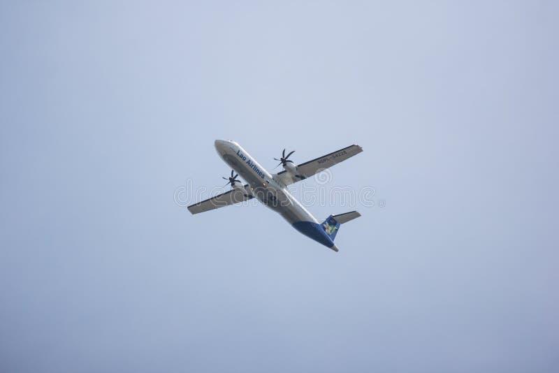 ATR72-600 Lao Airlines стоковые изображения rf