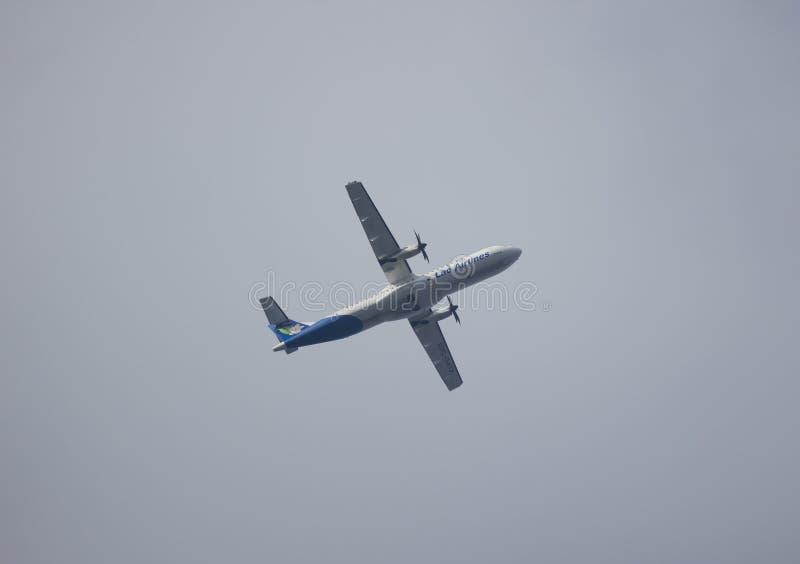 ATR72-500 van Lao Airlines royalty-vrije stock foto's