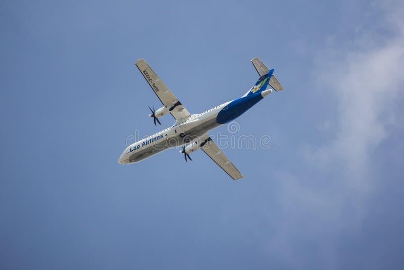 ATR72-600 van Lao Airlines stock foto's