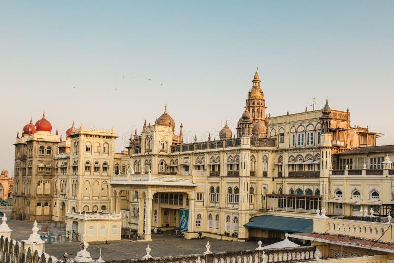 Atrações de Amba Vilas do palácio do ` s do Maharajah de Mysore na Índia foto de stock