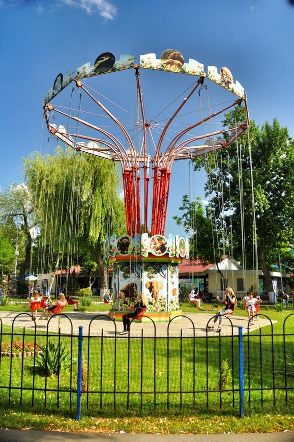 Atrações do parque e entretenimento Sunny Island em Krasnodar fotos de stock royalty free