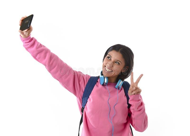 Atrakcyjna i szczęśliwa dziewczyna z kobiety lub ucznia fotografia royalty free