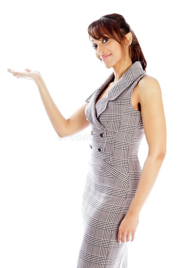 Download Atrakcyjna Indiańska Kobieta Odizolowywająca Na Białym Tle Obraz Stock - Obraz złożonej z rozochocony, ręka: 41952567