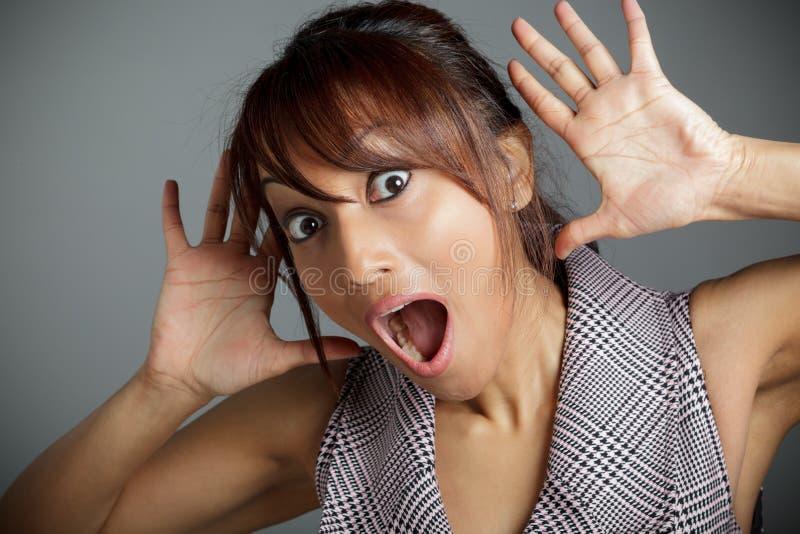Download Atrakcyjna Indiańska Kobieta Odizolowywająca Na Białym Tle Zdjęcie Stock - Obraz złożonej z etnocentryzm, hairball: 41952986