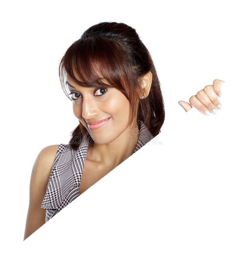 Download Atrakcyjna Indiańska Kobieta Odizolowywająca Na Białym Tle Zdjęcie Stock - Obraz złożonej z piękno, etnocentryzm: 41953108