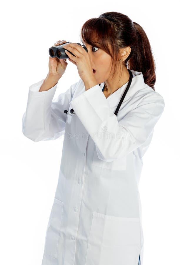 Download Atrakcyjna Indiańska Kobieta Odizolowywająca Na Białym Tle Zdjęcie Stock - Obraz złożonej z odosobniony, piękny: 41953508