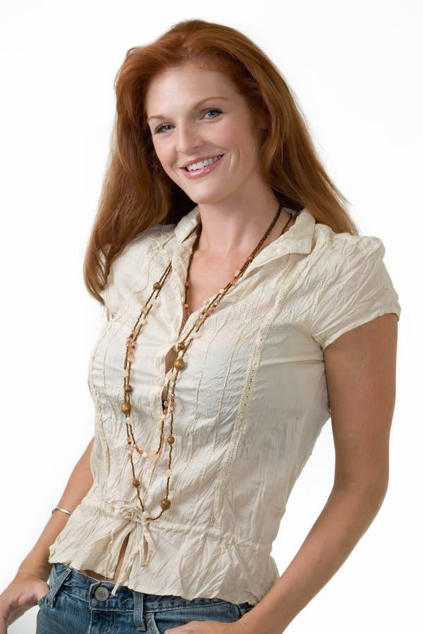 atrakcyjna kobieta czerwona włosów zdjęcie royalty free