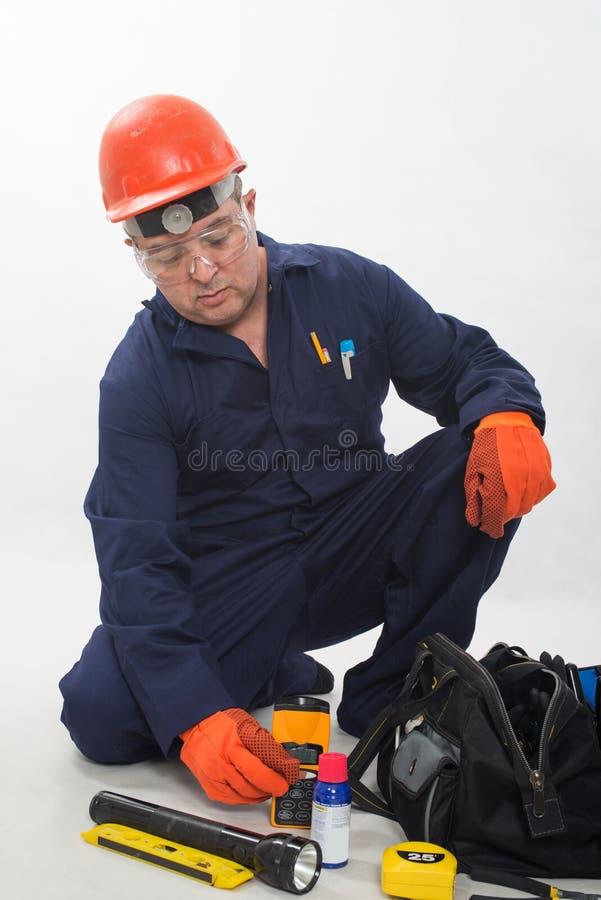 Atrakcyjny latynoski pracownik budowlany fotografia stock