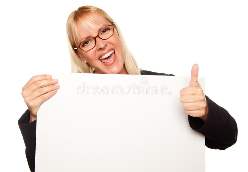 atrakcyjny pusty blondynki mienia znak zdjęcie stock