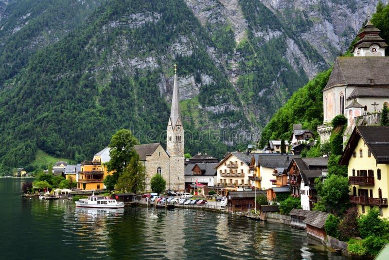 Atrakcyjny widok domy i budynek w Hallstatt Austria obraz royalty free