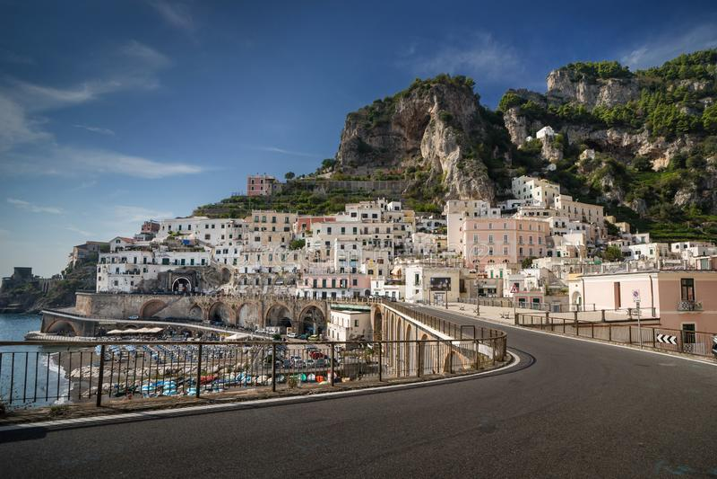 Atrani, Amalfi Kust, Italië royalty-vrije stock afbeelding