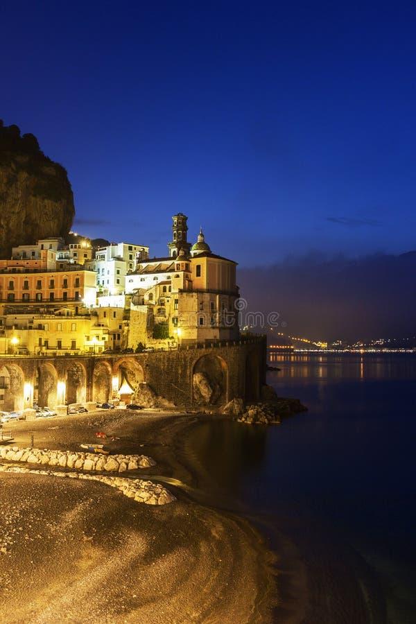 Atrani op Amalfi Kust in Italië stock afbeeldingen
