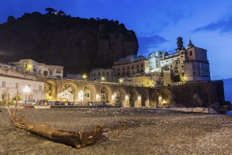 Atrani op Amalfi Kust in Italië stock foto